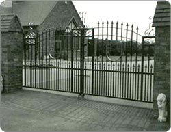 Large Entrance Estate Gates